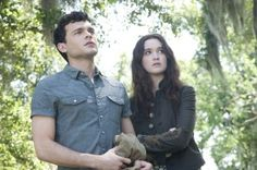 Move over Edward and Bella, there's a new teenaged human-supernatural couple in Ethan Wate (Alden Ehrenreich) and Lena Duchannes (Alice Englert). -- Beautiful Creatures Movie Review