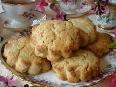 Anytime of the day there is an good excuse to eat these yummy Honey Ginger Scones. They are loaded with walnuts.