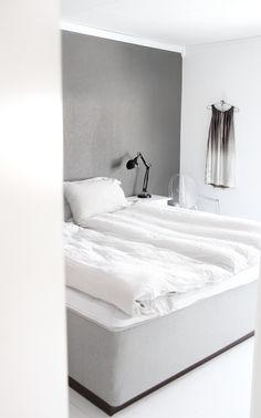 Drawer side of desk boudoir de boudoir Industrial style home office abilene / / simple and chic handmade macrame by acupfullofsunshine Gray Bedroom, Trendy Bedroom, Home Decor Bedroom, Bedroom Bed, Modern Bedroom, Boudoir, Home Decoracion, Girl Bedroom Designs, Design Bedroom