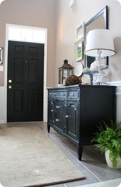 paint the inside of the door and many other ideas - How to Create a Foyer (when there isn't one)