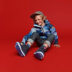 Our softshell outfits are perfect for kids on the move. The soft, flexible material is comfortable but tough, and can be worn year-round. Wind and waterproof protection make softshell products perfect for any weather, too. Versatility is where softshell really shines, making your life easier and your kids more comfortable. #Reima #Softshell #AutumnJacket #KidsClothes #KidsFashion Fall Jackets, Nordic Design, Softshell, All In One, Life Is Good, Weather, The Originals, Stylish, Kids
