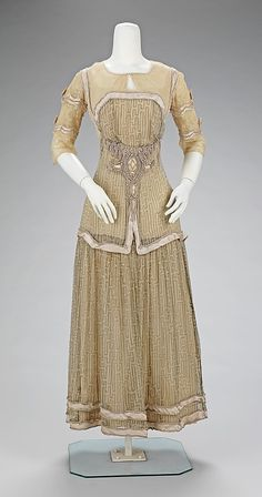 Afternoon Dress, Mme. Jeanne Paquin (French, 1869–1936) for the House of Paquin (French, 1891–1956): 1909, French, silk.