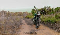 Meet Modified Royal Enfield Himalayan with Dual Underseat Exhausts Green Color Schemes, Green Colors, High Scope, Royal Enfield Modified, Enfield Himalayan, Enfield Motorcycle, Forest Green Color, Green Bodies, Exhausted