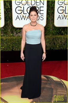 Maura Tierney Wins Best Supporting Actress in a Series at Golden Globes 2016  is wearing an Elizabeth Kennedy dress.