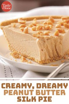 Peanut Butter Silk Pie Use creamy or chunky peanut butter in this decadent peanut butter fudge recipe! Peanut Butter Crunch PieVegan Peanut Butter PieNana's Peanut Butter Pie Cream Pie Recipes, Fudge Recipes, Baking Recipes, Cake Recipes, Dessert Recipes, Pb Pie Recipe, Recipes Dinner, Frozen Peanut Butter Pie Recipe, Easy Pie Recipes
