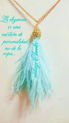 Mira este artículo en mi tienda de Etsy: https://www.etsy.com/listing/233827233/ostrich-feather-luxury-necklace