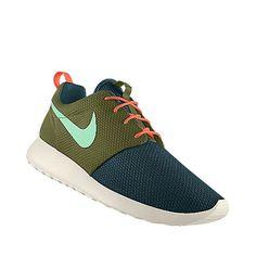 // NIKEiD // Roshe Run Roshe Run Shoes, Nike Id, Shoe Game, Nike Free, My Design, Sneakers Nike, Running, Clothes, Fashion