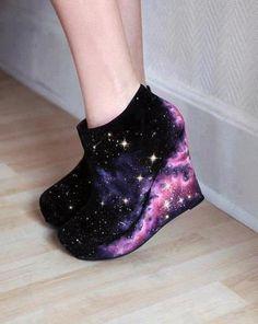 Fashion Galaxy Wedge Galaxy Shoes for Chic Girls Pretty Shoes, Beautiful Shoes, Cute Shoes, Me Too Shoes, Ugly Shoes, Awesome Shoes, Women's Shoes, Kawaii Shoes, Kawaii Clothes