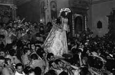 Intrinseco y expectorante: La otra España en las fotografías de Cristina García Rodero