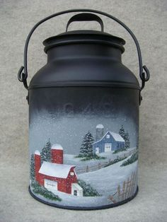 Debby Forshey Choma Balkon – home accessories Painted Milk Cans, Painted Pots, Paint Cans, Painted Bottles, Milk Can Decor, Milk Pail, Old Milk Cans, Mini Milk, Bottle Painting
