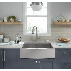 American Standard Suffolk x Stainless Steel Single Bowl Tall or Larger) Und. American Standard Suffolk x Stainless Steel Single Bowl Tall or Larger) Undermount Apron Front/Farmhou. Single Bowl Kitchen Sink, Farmhouse Sink Kitchen, Family Kitchen, New Kitchen, Kitchen Ideas, Kitchen Trends, Kitchen Decor, Kitchen Sink Faucets, Kitchen Cabinets