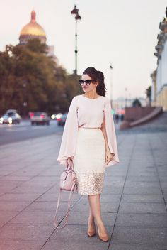La Vita Mia Pastel outfit with long sleeves and pinks  Blouse by Sinequanone | Skirt by River Island | Bag by Topshop | Shoes by Zara | Sunglasses by Cheap Monday