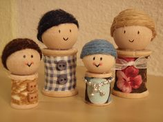 wooden spool crafts | Isn't my little family cute?