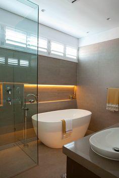 Built in bathtub on pinterest whirlpool bathtub modern for Bathroom ideas queensland