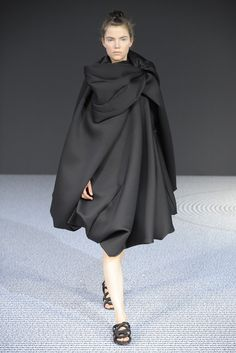 Viktor & Rolf Fall Couture 2013