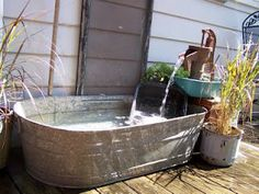wash tub fountain...LOVE