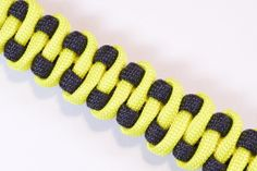 "How to Make the ""Slithering Snake"" Paracord Survival Bracelet - BoredParacord - create a bracelet - http://jewelry.airgin.org/bracelets/how-to-make-the-slithering-snake-paracord-survival-bracelet-boredparacord-create-a-bracelet/"