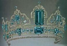 Brazailian Aquamarine Tiara of Queen Elizabeth II. by wteresa