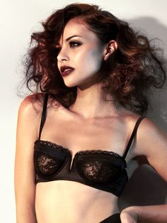 be35ee559 Hollywood Black Balconette Underwired Bra - Buy Online at Ann Summers