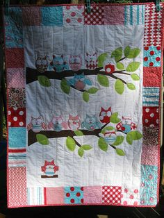 Owl Quilt @Cori Ashley {Let's Eat Grandpa} Will you make this for my Kari??
