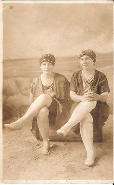 They liked to show off their toe-less, aristocratic feet.