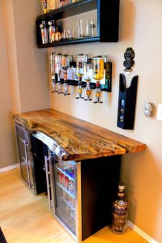 Stainless Steel Back Bar Cooler Single door stainless steel bar coolers with live edge wood top.Single door stainless steel bar coolers with live edge wood top. Diy Home Bar, Bars For Home, Diy Home Decor, In Home Bar Ideas, Mini Bar At Home, Diy House Ideas, Home Wine Bar, Mini Bars, Canto Bar