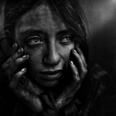beautiful photo, although the context is quite bad... girl living on the streets