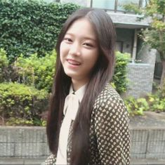 South Korean Girls, Korean Girl Groups, Pet Frogs, Olivia Hye, S Girls, Idol, Pretty, Beauty, Aesthetics