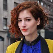 short curly bob assymetrical red, street style new york, ginger, fashion