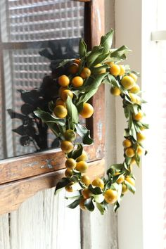 Japanese New Year, Chinese New Year, Christmas Floral Arrangements, New Years Decorations, Japanese Culture, Homemade Gifts, Diy And Crafts, Christmas Wreaths, Floral Wreath