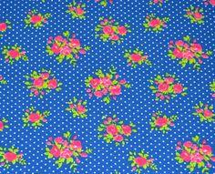 Wunderschöner Jersey von Poppy aus Holland mit pinkfarbenen Rosensträuschen auf blauem Untergrund..  So süß für Leggings, Shirts, Kleidchen uvm..