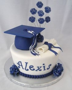 High School Graduation Cake And Cupcakes Tapered cake covered with fondant. Cap is cake. All fondant accents.Filled cupcakes topped with. 8th Grade Graduation, Graduation Cupcakes, Graduation Celebration, Graduation Decorations, Graduation Party Decor, High School Graduation, Grad Parties, Graduate School, Celebration Cakes