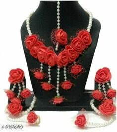 Jewellery Set Oxidised Womens Jewellery Set Base Metal: Alloy Plating: Gold Plated Stone Type: Artificial Stones & Beads Sizing: Adjustable Country of Origin: India Sizes Available: Free Size   Catalog Rating: ★4 (543)  Catalog Name: Feminine Chic Jewellery Sets CatalogID_944171 C77-SC1093 Code: 391-6185080-
