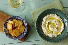 Cinco Quartos de Laranja: Dip de queijo creme com iogurte e ervas frescas