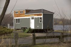 There Are Other Tiny Home Construction Companies, So Why Pick Us? Good question! When we first entered this business, we found that the industry was disorganized. Many tiny home builders that customers would reach out to had poor response times (if they bother to respond at all!). We like to say here at Titan Tiny…