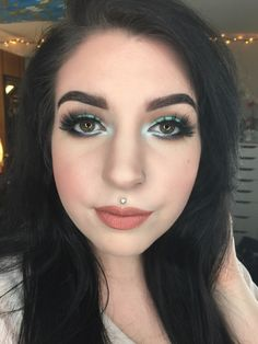 Minty Eye using the Coastal Scents 88 Color Palette - Imgur