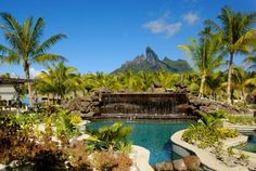 Oasis Pool - St Régis - Bora Bora