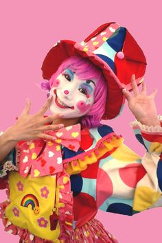 i only got 1 word for u haters: skadoosh Circus Clown, Circus Theme, Circus Party, Halloween Photos, Vintage Halloween, Halloween Costumes, Majora Mask, Scary Clown Makeup, Female Clown