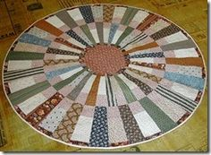 round quilt made with 9 degree wedge ruler by Marilyn Doheny