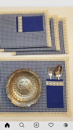 Table Runner And Placemats, Crochet Table Runner, Easy Sewing Projects, Sewing Projects For Beginners, Diy Arts And Crafts, Diy Crafts, Burlap Silverware Holder, Carousel Party, Place Mats Quilted