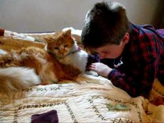 10 year old boy Jared who grew up with his 11 year old cat Clyde since birth was devastated when his cat went missing. 12 days later, a lady found Clyde and saw their Lost & Found ad while Jared was in school. Then it came a touching reunion. Jared was overjoyed and in tears when he saw Clyde safely return home
