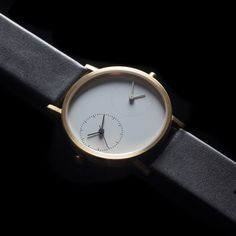 Long Distance 1.0 watch (gold) - Kitmen Keung