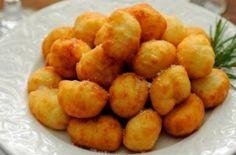 Η συνταγή της ημέρας: «Αγνοπιτάκια» με σπιτική ζύμη, φέτα και ανθότυρο