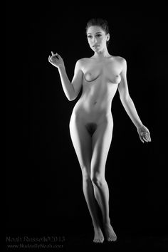 Lily LaBeau Photo by Noah Russell www.NudesByNoah.com