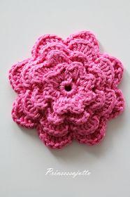 Prinsessajuttu: Toivepostaus: Virkattu kosmetiikkapussi, OHJE Princess Stories, Four Leaf Clover, Drops Design, Three Kids, Cosmetic Bag, Knit Crochet, Diy And Crafts, Crochet Patterns, Knitting