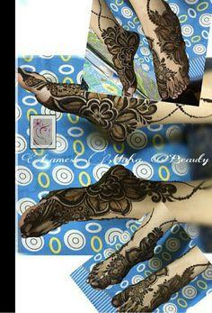 Leg Henna Designs, Legs Mehndi Design, Arabic Henna Designs, Unique Mehndi Designs, Mehndi Design Pictures, Beautiful Mehndi Design, Latest Mehndi Designs, Mehandi Designs, Heena Design