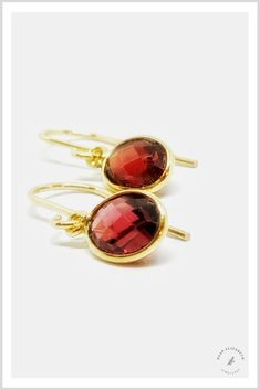 Red Garnet and Gold Drop Earrings Garnet Jewelry, Garnet Earrings, Red Jewelry, Gold Drop Earrings, Modern Jewelry, Gemstone Jewelry, Birthstone Jewelry, Jewellery, Handmade Rings