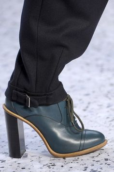 Chloe AUTUMN/WINTER 2013-14 READY-TO-WEAR CLOSE UP