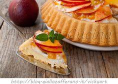 Crostata morbida alle pesche con stampo furbo, ricetta facile e deliziosa, torta da merenda alla frutta, pasta frolla soffice, torta leggera, dolce facile e veloce