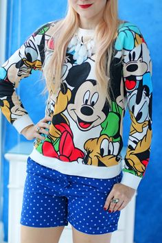 Cute Disney sweater outfit -- Great for going to Disney World!